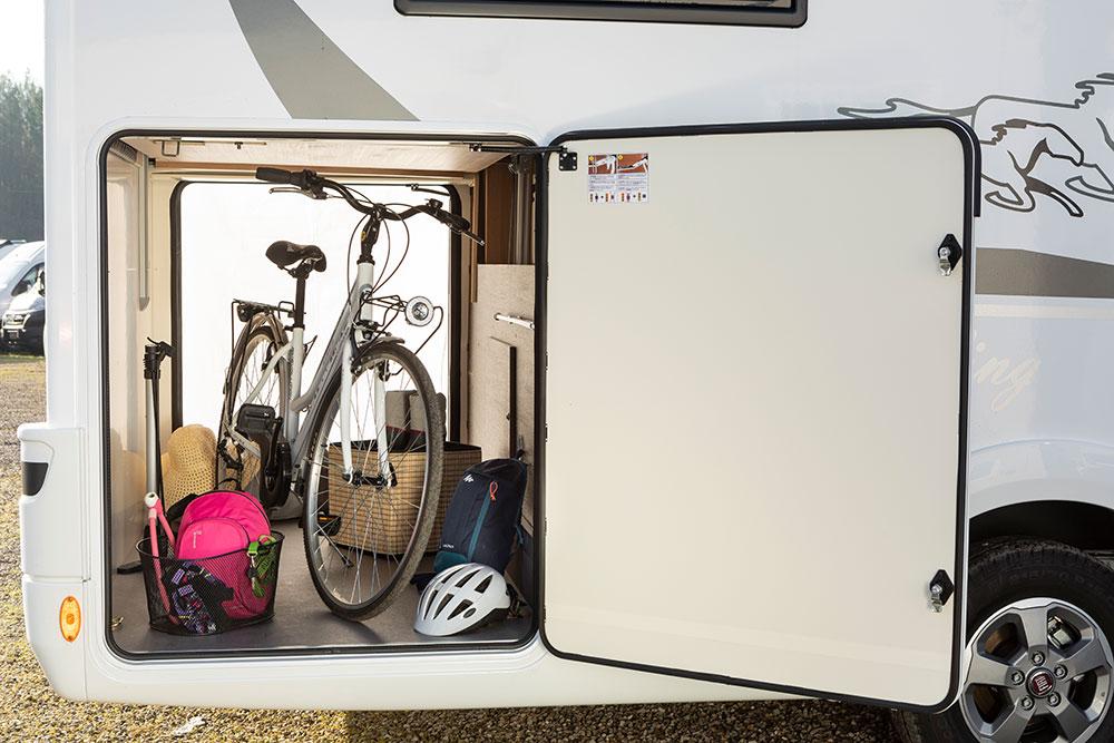 McLouis Wohnmobile Kofferraum