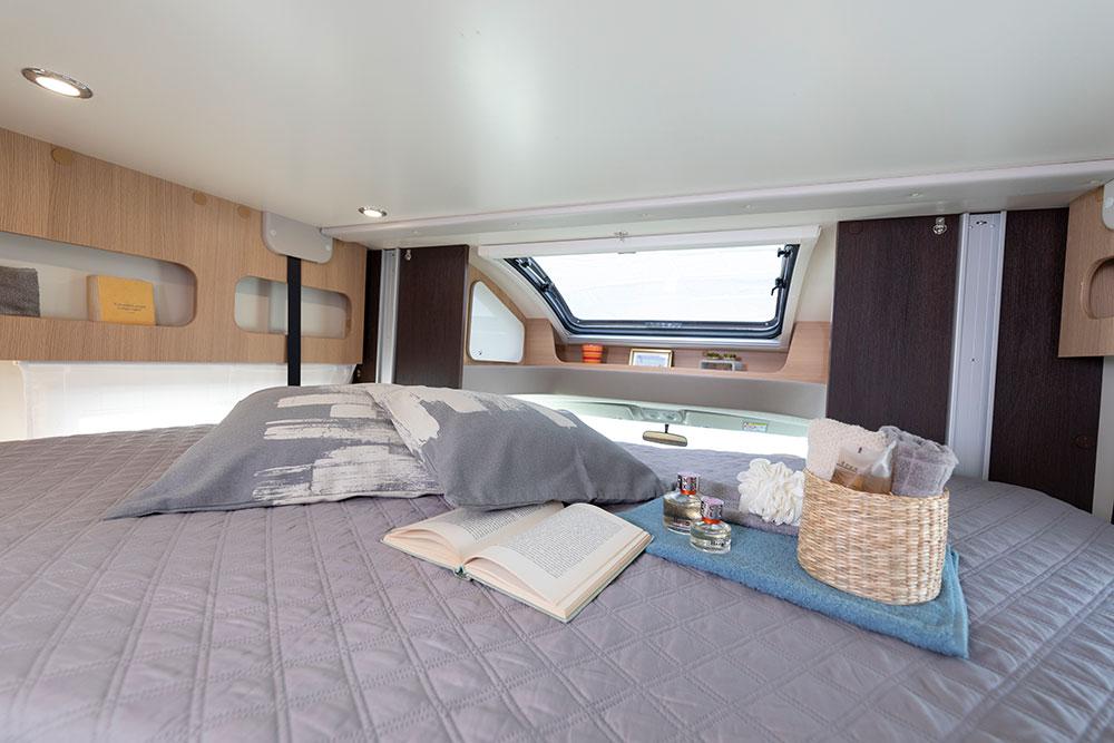 McLouis Wohnmobile Innenausstattung Schlafen
