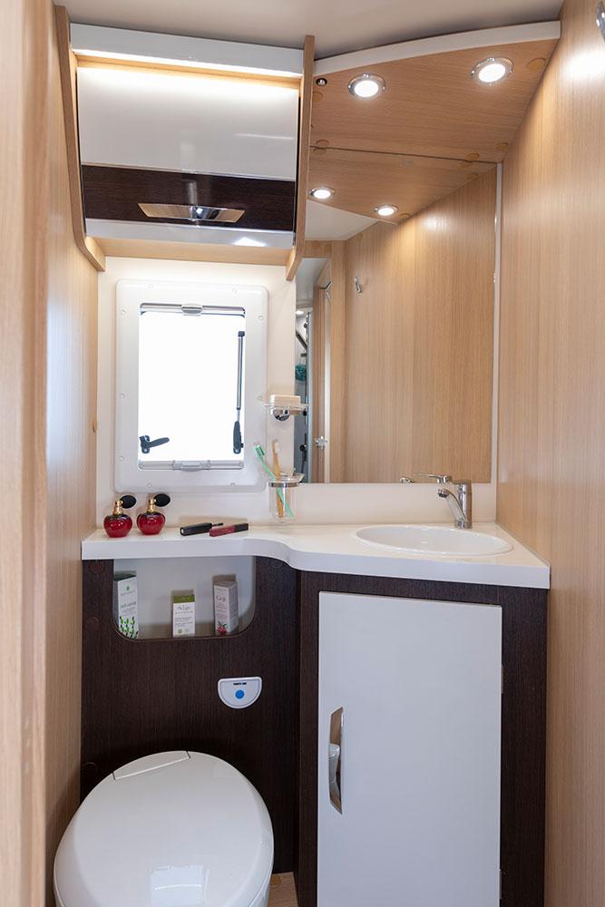 McLouis Wohnmobile Innenausstattung WC