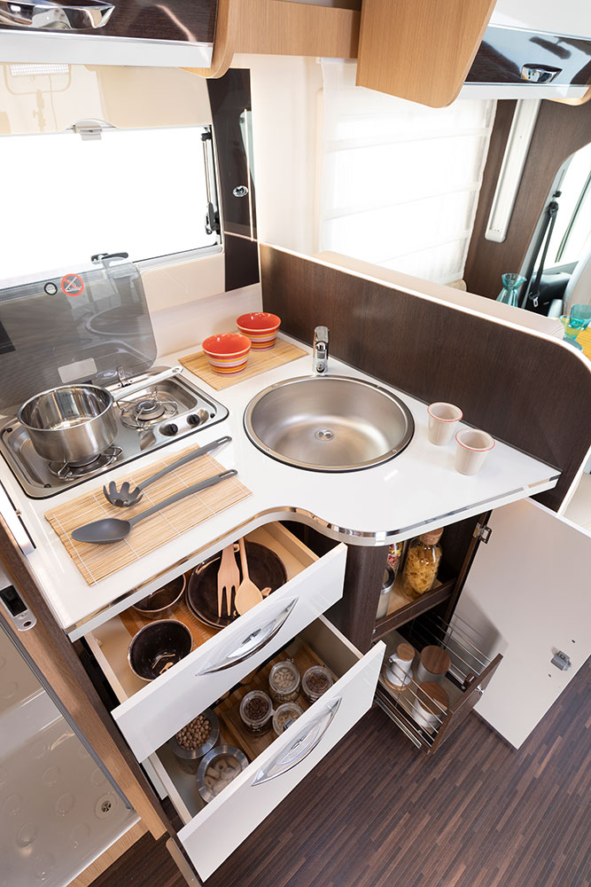 McLouis Wohnmobile Innenausstattung Küche