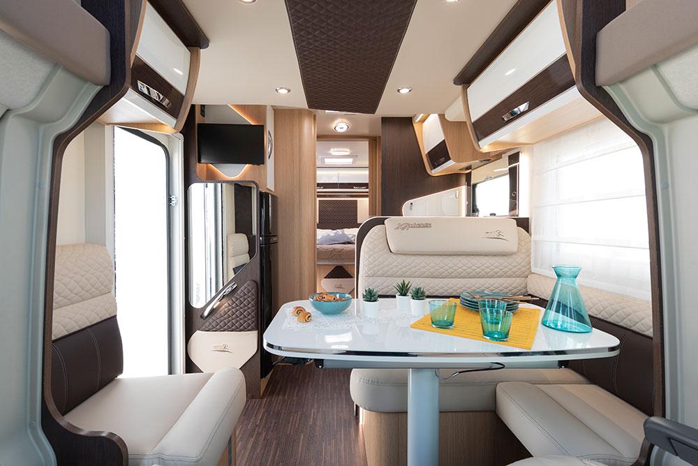 McLouis Wohnmobile Innenausstattung Essmöglichkeit