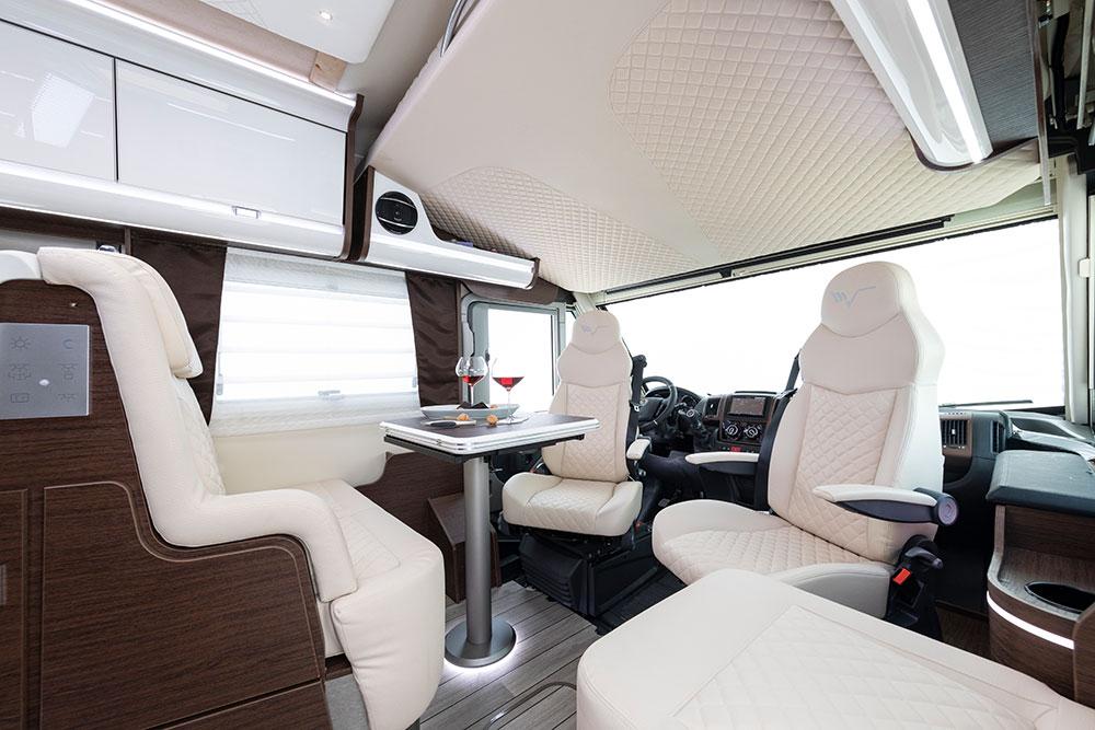 Mobilvetta Wohnmobile Innenausstattung Essmöglichkeit