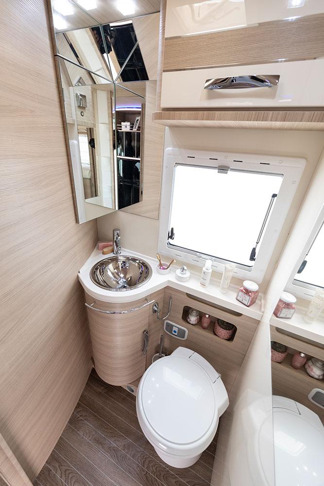 Mobilvetta Wohnmobile Innenausstattung Badezimmer