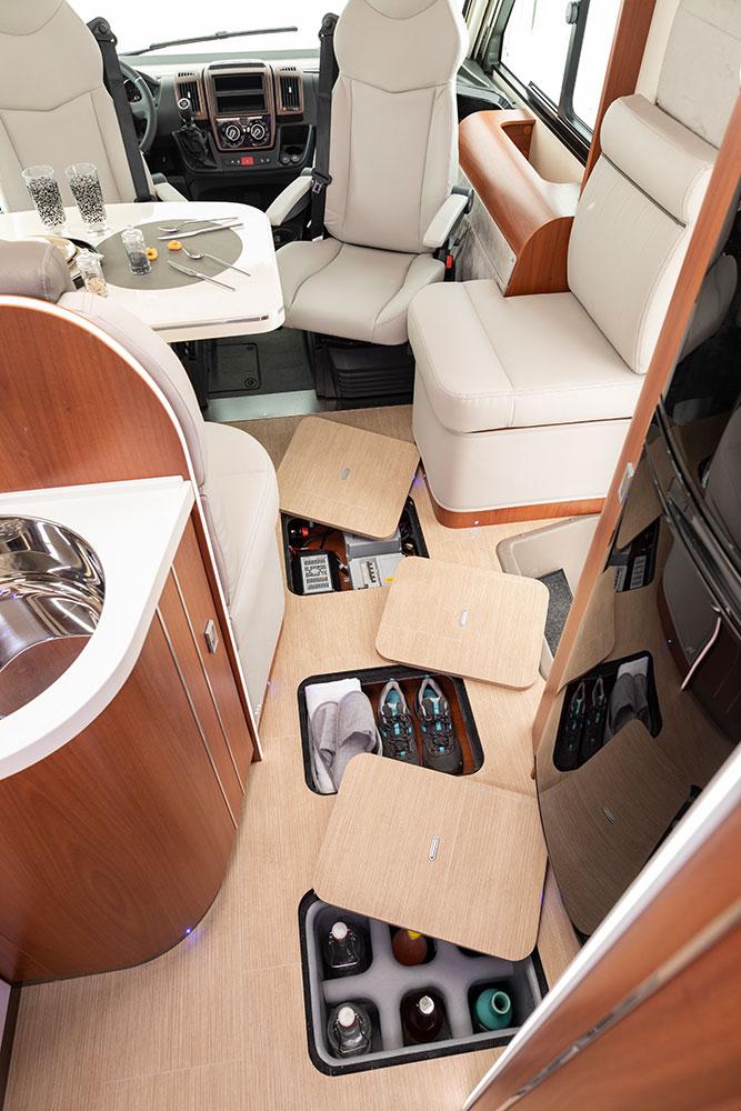 Mobilvetta Wohnmobile Innenausstattung Staurraum